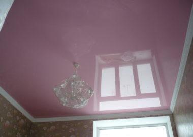 Цветные натяжные потолки2